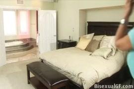 बिस्तर सेक्स वीडियो में पुरुषों और गर्म लड़कों के साथ यौन संबंध रखने वाले पुरुषों की तस्वीरें।