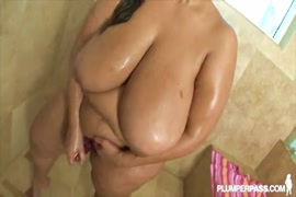 Big butt latina bbw gets fucked and cumshot.