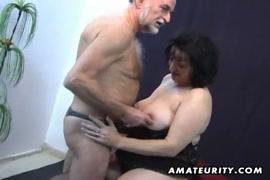 Pov amateur couple blowjob and cum on tits.
