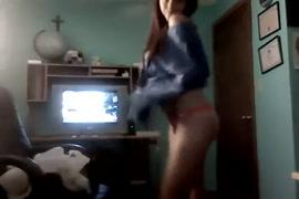 टी वी अभीनेञी की नंगी फोटो