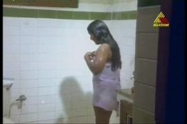 बंदर और लडकी की चुदाई वीडियो मे