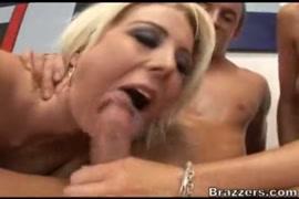कर सेक्स लेडीज कुत्रा video